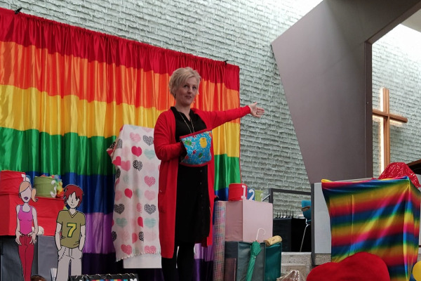 Christelijke kindervorstelling van theater de Regenboog